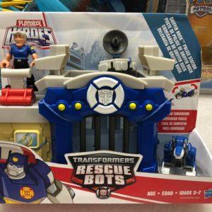 Bộ mô hình trạm cảnh sát Rescue Bots