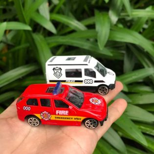 Hộp 10 xe mô hình cứu hoả, cứu thương, cảnh sát, quân đội