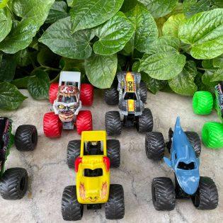 Mô hình xe quái vật Monster Jam tỉ lệ 1 phần 64