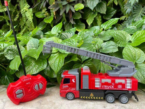 Mô hình xe cứu hoả điều khiển từ xa